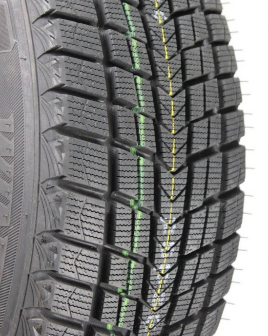 Зимние шины Roadstone Winguard Ice Plus 205/60 R16 0
