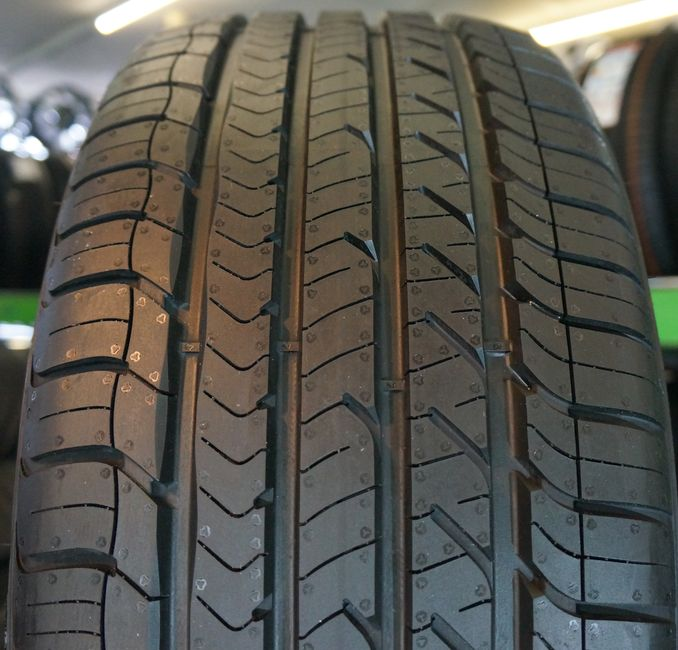 Летние шины Goodyear Eagle Sport TZ 245/45 R18 0